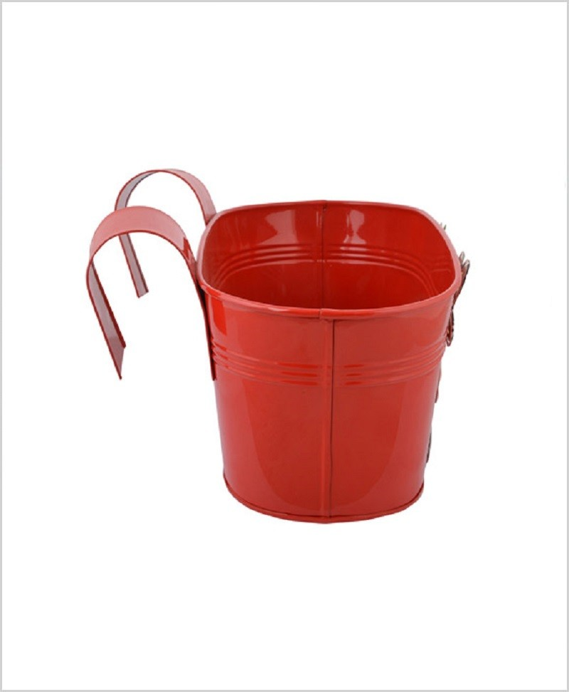 Metal Oval Railing Owl Planter Red