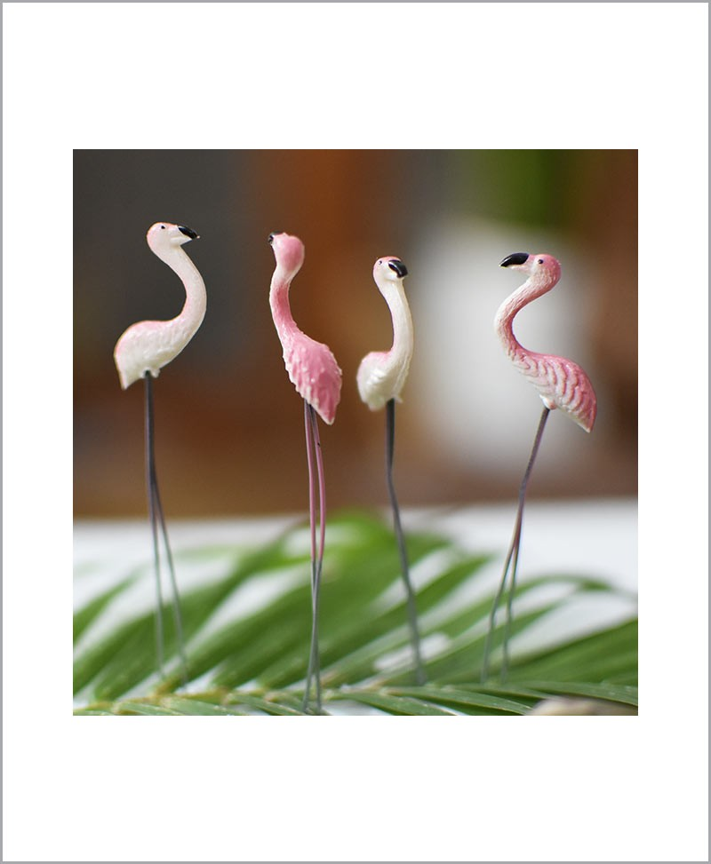 Garden Miniature Flamingos (Set of 4 Colored Flamingos)